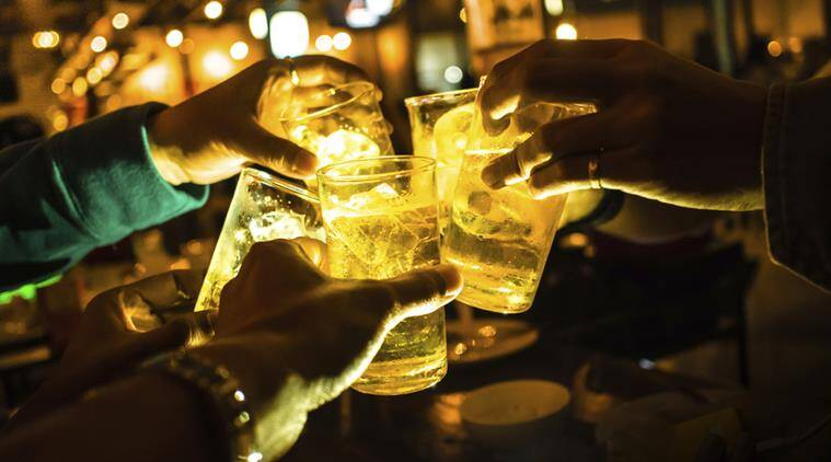 delhi, public drinking, public drinking cases, public drinking fine, public drinking punishable, delhi police, delhi rules, india news,indian express news
