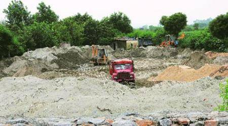 Thane administration launches crackdown on illegal sand dredging