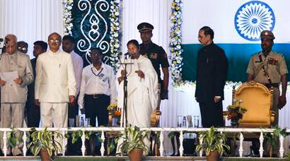Lalu, Nitish, Akhilesh at Mamata's swearing-in