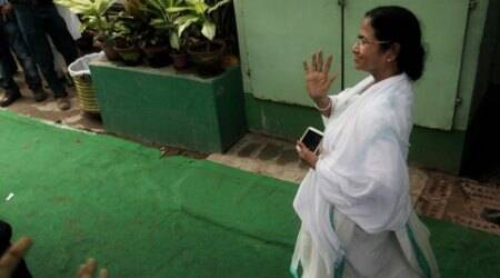 Mamata wins big, remains Queen of Bengal
