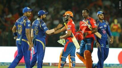 Gujarat Lions make play-offs after six-wicket win over Mumbai Indians