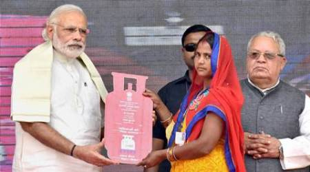 PM Launches free LPG scheme, e-boats in UP- I'm here to fight poverty, not for campaigning: Modi