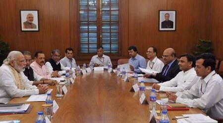 UP seeks Rs 11,000 cr to meet drought situation as Akhilesh meets PMModi