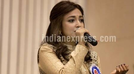 Dance helps me rid my inhibitions: MonaliThakur