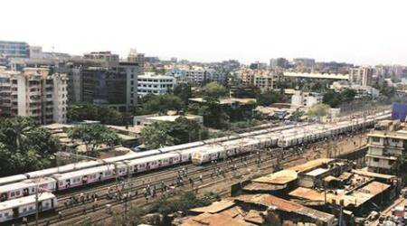 Mumbai: Passengers fume as signal failure disrupts WR services