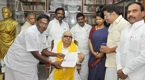 Chennai: Senior Congress leader and New Chief Minister of Puducherry  V Narayanasamy called on DMK President M Karunanidhi and obtained his party's letter of support for forming the government in the neighboring Union Territory, at his residence in Chennai on Sunday. PTI Photo(PTI5_29_2016_000164A)