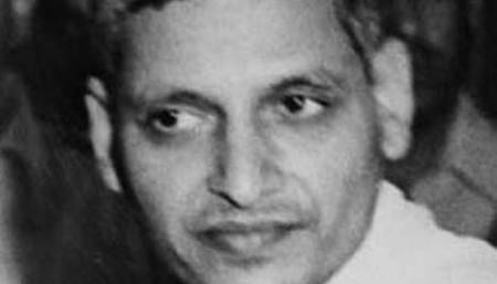 Rs 5 lakh for widow of Nathuram Godse's captor