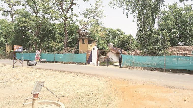 Chhattisgarh,  Bastar, chhattisgarh naxal killed, chhattisgarh naxal encounter, Naxals, Naxals commander, Naxals killed, Gun battle, Local organisation squad, CRPF, Commando Battalion for Resolute  Action, India News, chhattisgarh news, latest news