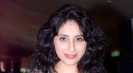 Music singles should not feature Bollywood stars: Neha Bhasin
