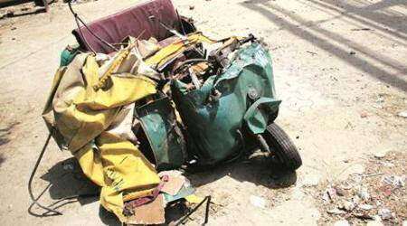 Noida road mishap: Auto crushed between buses, HCL engineer among 2 dead