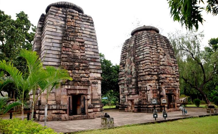 odisha travels_Many temples like this dot Bhubaneshwar_759