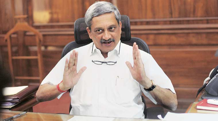 Hindustan turbo trainer, Indian made aircraft, Indian trainer aircraft, Manohar parrikar, Parrikar Indian aircraft launch