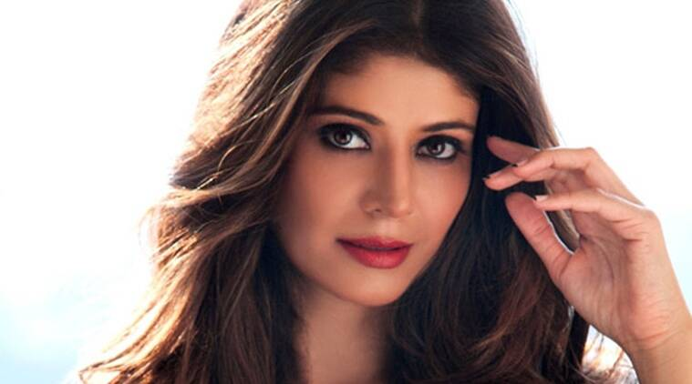 Pooja Batra, 7 Hours To Go, Pooja Batra upcoming movie, Pooja Batra 7 Hours To Go, Pooja Batra movies, Pooja Batra latest news, entertainment news
