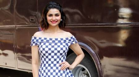 I am bored of playing simpleton: Prachi Desai