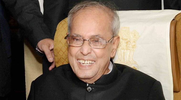 New Delhi: President Pranab Mukherjee interacting with the media delegation during his way back to India from Auckland on Monday. PTI Photo (PTI5_3_2016_000187A)