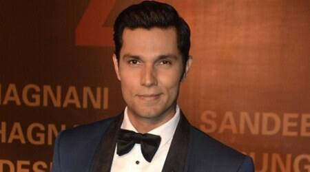 happy valentine day 2017, valentines message, valentines day quotes, Randeep hooda, happy valentines day, valentine messages, Valentines Day 2017, randeep hooda, randeep hooda news, randeep hooda movies, battle of saragarhi, randeep hooda valentine day, indian express news, indian express, entertainment news