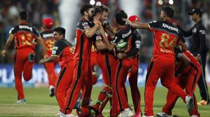 RCB vs GL: AB de Villiers unbeaten 79 powers RCB into IPL 2016 final