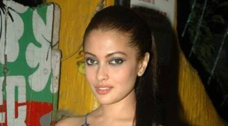 I am getting typecast in Bollywood: Riya Sen