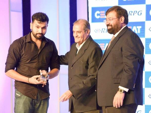 Rohit Sharma, Rohit, Rohit India, India Rohit Sharma, Rohit awards, Harsh Goenka, Nari Contractor, CEAT Cricket awards, Cricket awards, Cricket