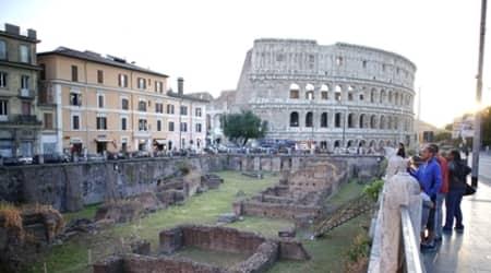 Friends, Romans: Help restore Rome's ruins,monuments