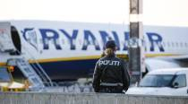 Ryanair hopes to land deals with major unions byChristmas