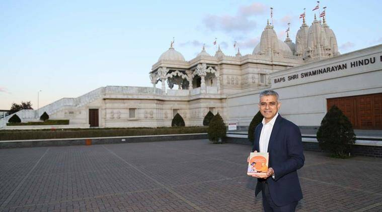 Sadiq Khan, London Mayor sadiq khan, london muslim mayor visits temple, sadiq khan temple pics go viral, sadi khan pics in social media, sadiq khan temple pics, world news