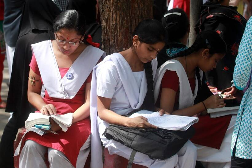 kseeb, sslc, sslc model question paper, sslc exam time table 2017, kseeb exam 2017, sslc exam time table karnataka, sslc news, karnataka news, education news, indian express