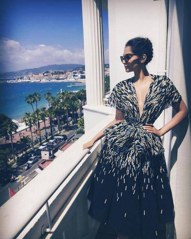 Sonam Kapoor, Cannes 2016, Sonam Cannes, Sonam Kapoor Cannes look, Sonam Cannes 2016, Sonam Cannes black dress, Sonam Kapoor in black, Sonam Kapoor in white, Sonam Kapoor cannes 2016, Cannes, Entertainment news