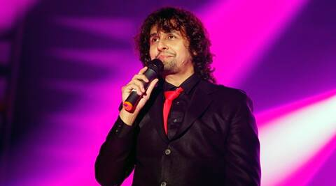 Sonu Nigam, Sonu Nigam surgery, Sonu Nigam knee surgery, Sonu Nigam knee injury, Sonu Nigam knee treatment, Sonu Nigam injury, Entertainment news