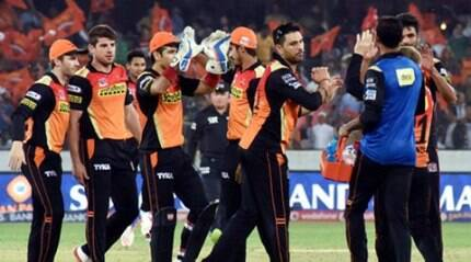Dhawan, bowlers help SRH beat GL by 5 wickets