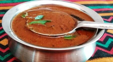 Make this traditional gravy from the temple town of Srirangam