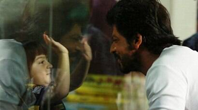 IPL 2016, KKR vs KXIP: Shah Rukh Khan, son AbRam in attendance as KKR beat KXIP
