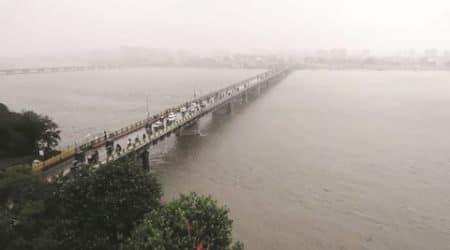 Surat, Surat Municipal corporation, SMC, TApi, Tapi river, Tapi riverfront development , Tapi riverfrint, Surat river, ahmedabad news, Gujarat news