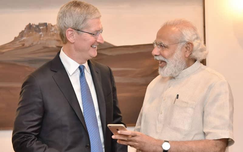 Apple, Tim Cook PM Modi, PM Modi meets Tim Cook, Apple CEO Tim Cook, Tim Cook Hyderabad Maps office, Modi Tim Cook, Apple CEO India visit, Apple CEO meets PM, technology, technology news