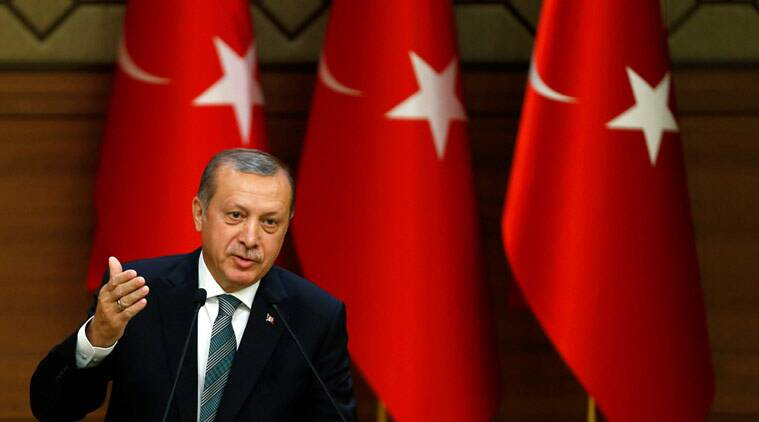 Turkish President Tayyip Erdogan makes a speech during his meeting with mukhtars at the Presidential Palace in Ankara, Turkey May 4, 2016. REUTERS