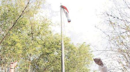 Shrihari Aney hoists 'Vidarbha flag' in Nagpur, raises pitch for statehood