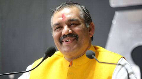 Vijay Sampla, Sukhbir Badal , drugs, punjab drugs, punjab border, drugs smuggling, border security, punjab bjp, bjp, BSF, border security force, J&K border, jammu kashmir border, punjab news