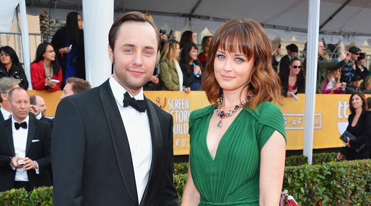 Alexis Bledel, Alexis Bledel Vincent Kartheiser, Alexis Bledel son, Alexis Bledel baby, Vincent Kartheiser, Gilmore Girls revival, Gilmore Girls, Mad Men, Entertainment news