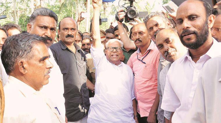 Wayanad: VS Achuthanandan arrives to visit the drought hit areas at Pulappalli in Wayanad on Friday. PTI Photo (PTI4_23_2016_000034B)