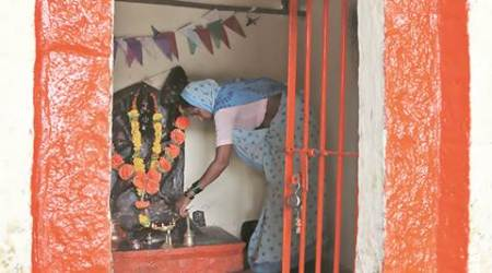 This Hanuman temple in Maharashtra has a woman priest for yearsnow
