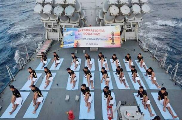 International Day of Yoga, International Day of Yoga 2016, International Yoga Day, World Yoga Day, yoga day, World Yoga Day in strange places, yoga day in front of Sydney Opera House, yoga day in SpiceJet, yoga day in water, yoga day in Siachen,
