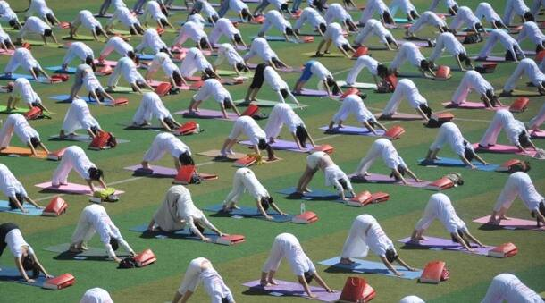 International Day of Yoga, International Day of Yoga 2016, IDy, IDY 2016, benefits of yoga, uses of yoga, why do yoga, diabetes, asthma, Alzheimer's, meditation, stress relief, yoga for stress relief, health benefits of yoga, yoga for weight loss, yoga for heart health, yoga and immunity, health news