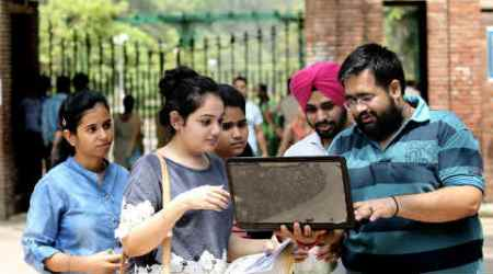 DU Admissions 2016, cut-off list du, delhi university, Delhi University admissions, DU Admissions, DU admissions online, DU admissions online registration, DU online registration, DU undergraduate courses, DU courses, DU english honours, DU admissions student, education news