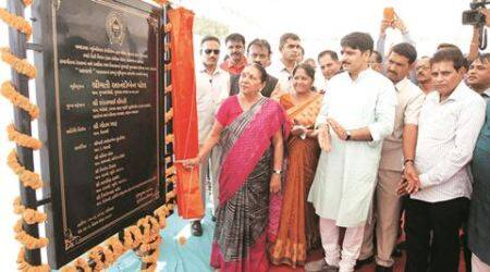 In Surat, Saurabh Patel flags  off SMC's Smart City Centre