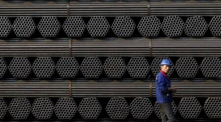 Chinese steel futures tumble on trade war fears