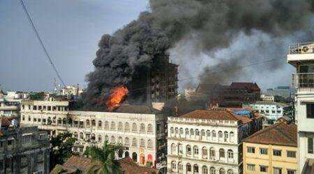 mumbai fire, colaba fire, fire colaba, fire in colaba, mumbai fire, colaba fire live, mumbai fire live, Cafe Mondegar fire, fire in mumbai news, mumbai news, india news, breaking news