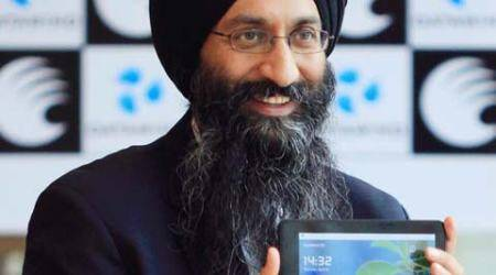 Datawind plans to start telecom service as Virtual Network Operator before Diwali