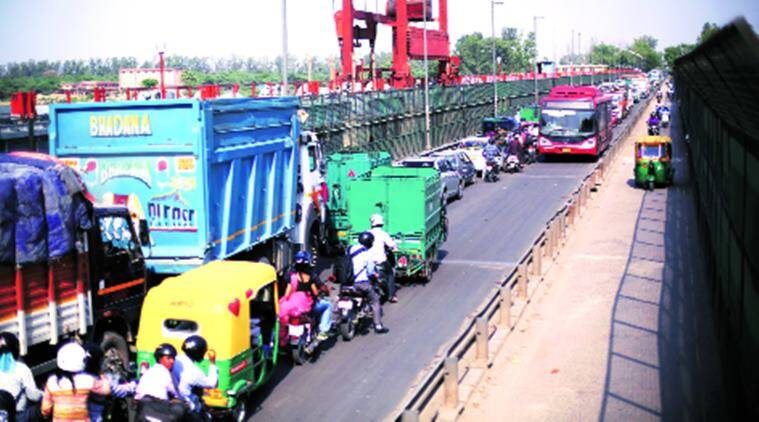 delhi trafiic, delhi, traffic, Wazirabad-Tronica City bridge, traffic jam, new delhi traffic, delhi news