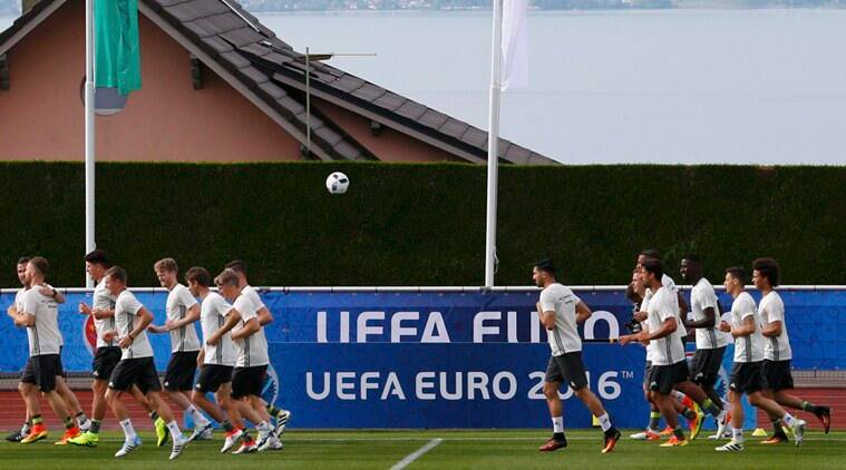 Football Soccer - Euro 2016 - Germany Training - Stade Camille Fournier - Evian-les-Bains - 7/6/16 Germany's team during training REUTERS/Denis Balibouse