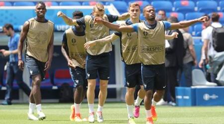 France vs Iceland, Iceland vs France, France, Patrice Evra, Evra, France Evra, Euro 2016, France Euro 2016, Euro 2016 quarterfinals, Euro cup, euro cup 2016, FOotball